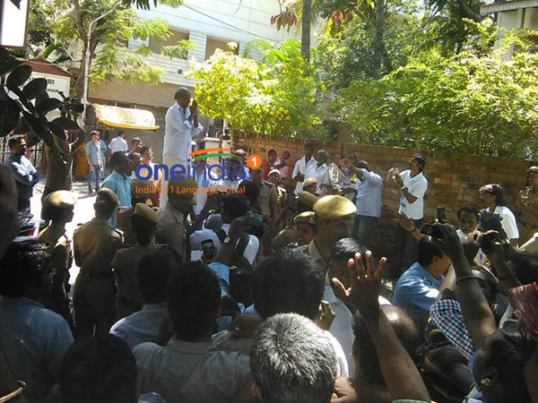 Rajini meet fans at his residence today