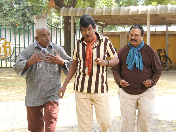Vadivelu set to rock the fans soon with his Eli
