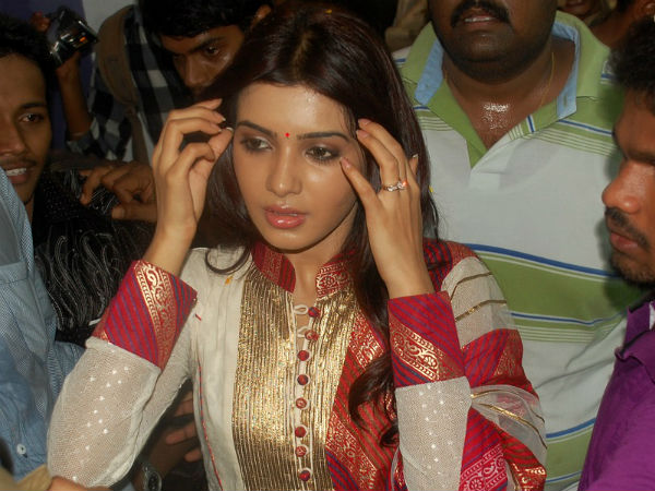 Police Lathi charge to rescue Samantha