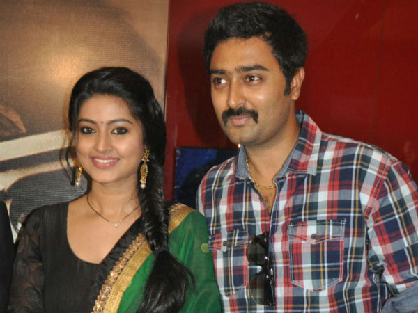 Prasanna indirectly announces Sneha's pregnancy