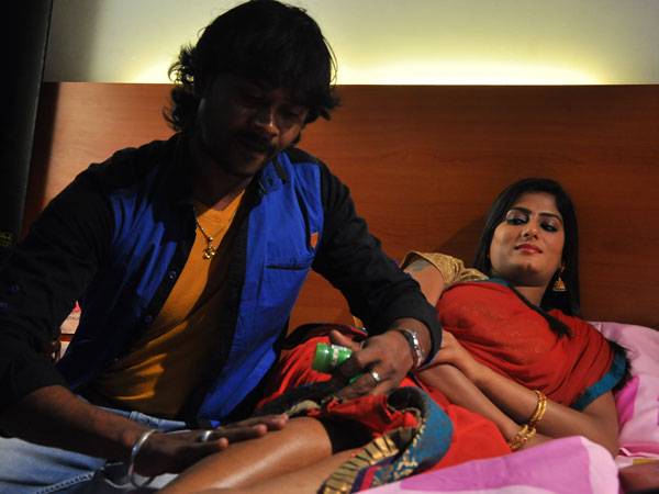 Ullam Ullavarai is another horror movie in Kollywood