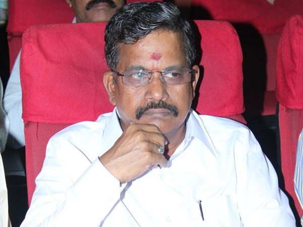90 free seats in private colleges for film director's children