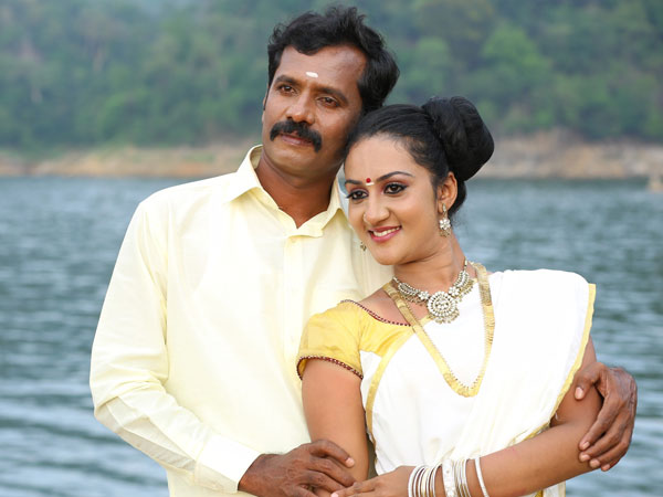 Irandu Manam Vendum, a movie for family audience