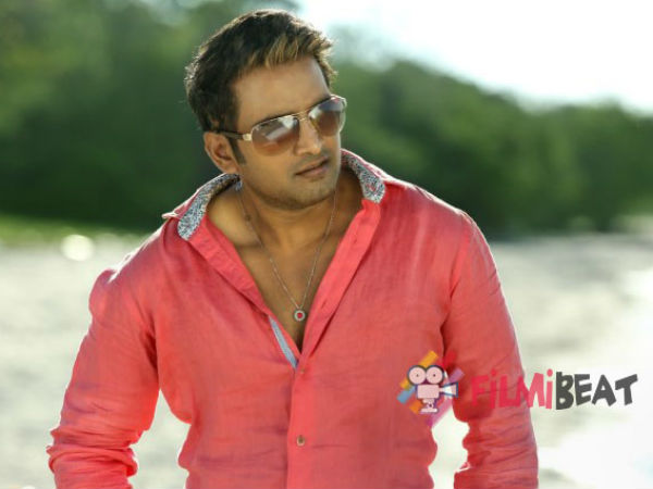 Santhanam's Inimey Ippadithaan released today