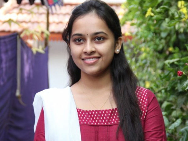 Internet: Leaked Sridivya Photos