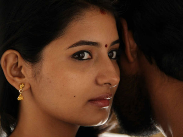 Reshmi Menon's adamant behavior with Kirumi crew