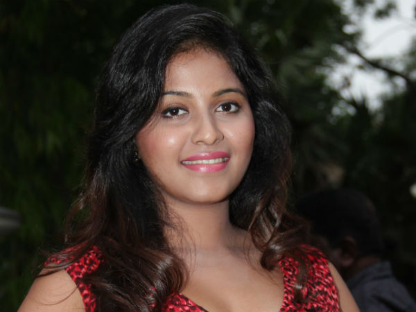"""I Am Single and not yet Married - Says Anjali"