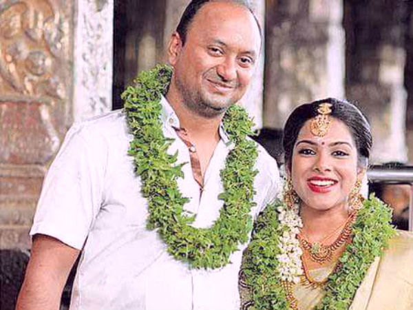 'Kadhal' Sandhya gets married