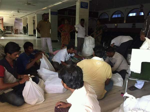 Rajini continues flood relief material distribution