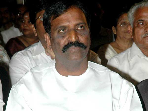 Contempt of court Case against Vairamuthu dismissed