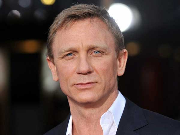Daniel Craig is too short to play James Bond, says John Cleese