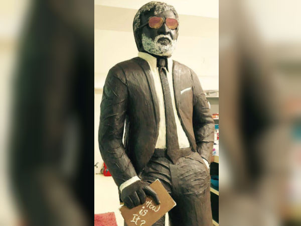 Kabali Rajinikanth statue attracts fans