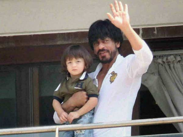 Shah Rukh Khan Celebrates Abram's birthday