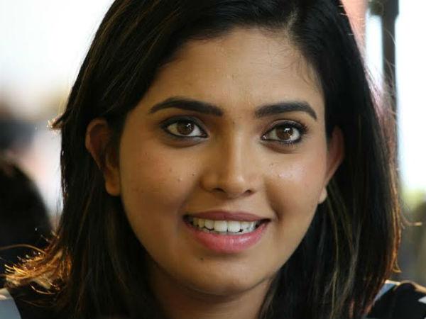 /news/actress-ishara-absconding-040394.html