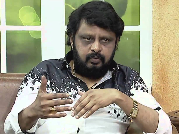 Pariventhar is a good person, says director Vikraman
