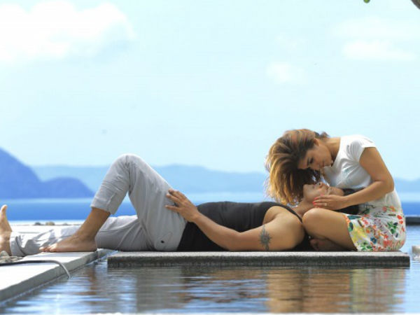 A romantic still from Iru Mugan