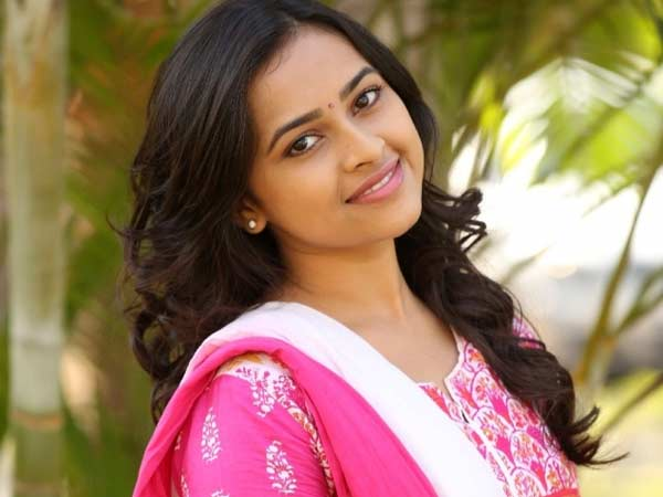 Sridivya's special appearance in Remo