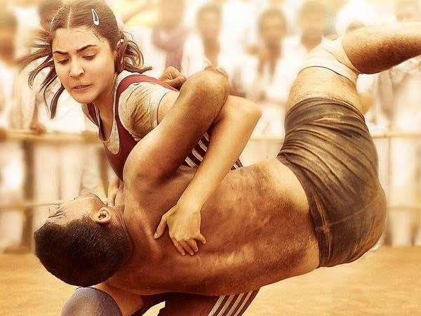 Anushka Sharma Arranged Sultan Special Screen for Virat Kohli