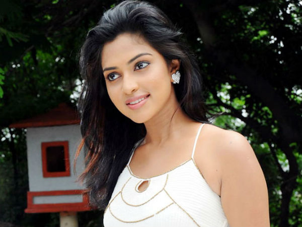 Amala Paul Team up with Dhanush