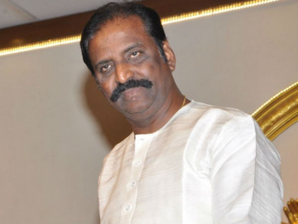 Fans blasting Vairamuthu for his speech against Kabali