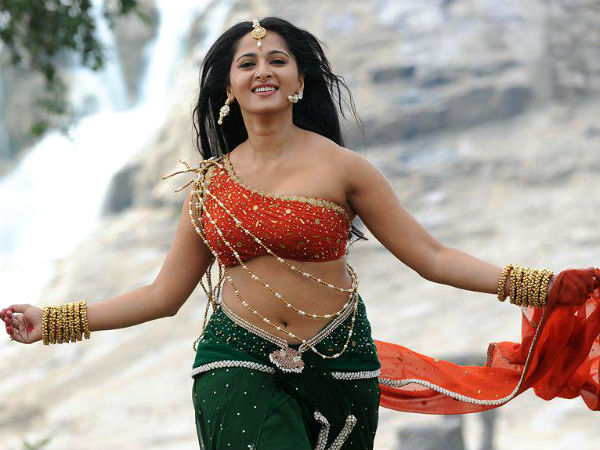 Rajamouli upset with Anushka's appearance