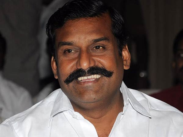 Sasikumar stick with his 'Aruva' culture