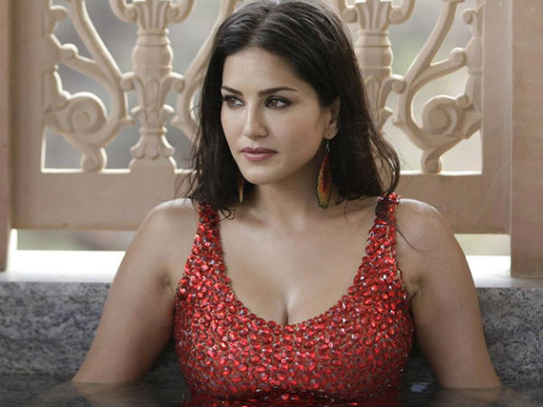 Real sex with hubby only: Says Sunny Leone