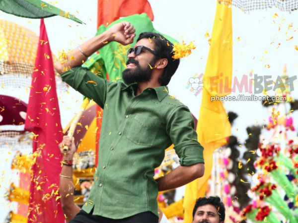 Dhanush meets his fans to promote Kodi