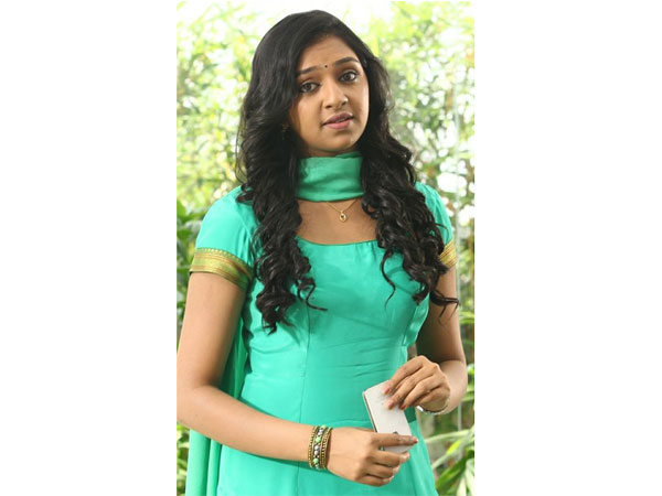 Lakshmi Menon decides to accept glam roles