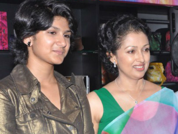 Gautami's daughter to pair up with Dhanush?