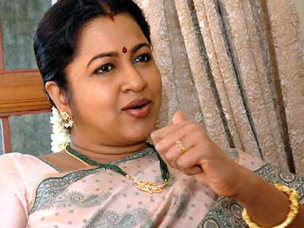 U can unfollow: Tweets Radhika Sarathkumar