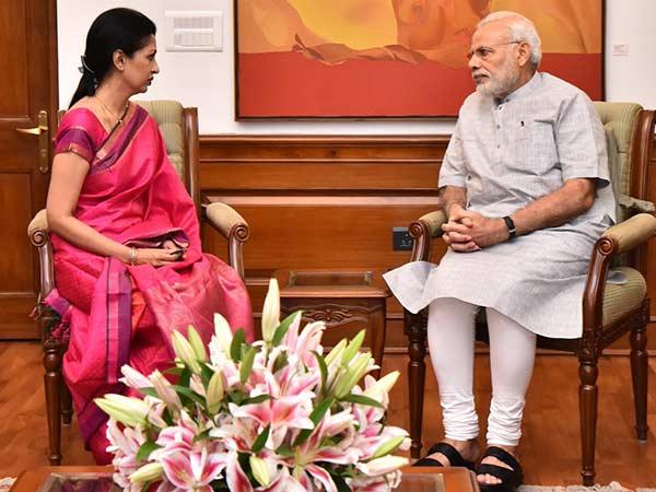 'அம்மா' எப்படி திடீர் என இறந்தார், பதில் சொல்லுங்கள்?: மோடிக்கு நடிகை கவுதமி கடிதம்