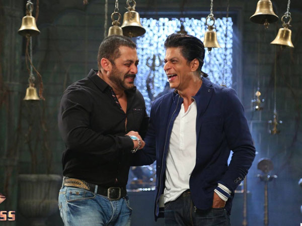 Salman, Shah Rukh Khan to host an award function together