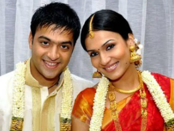 Soundarya Rajinikanth files for divorce