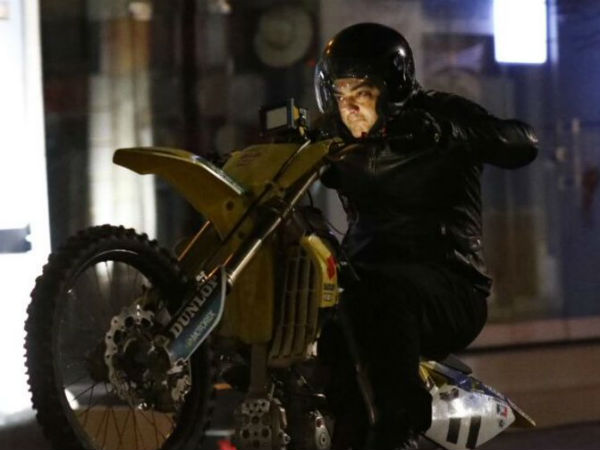 Is Ajith plays a race player in Vivegam?