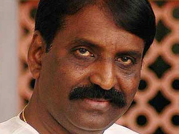 Vairamuthu's explanation on a fake poem in his name