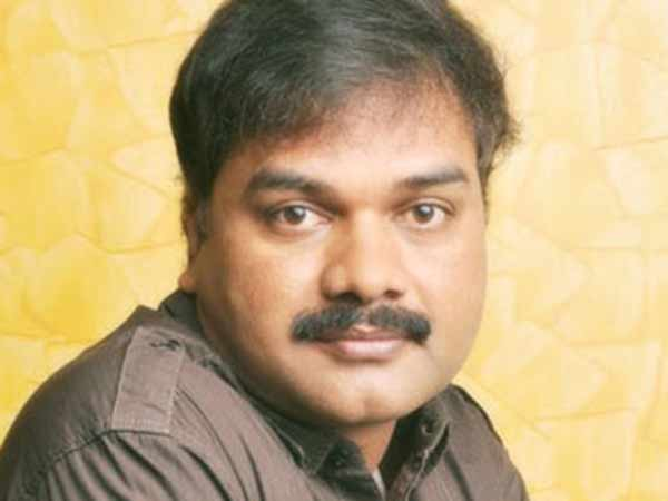 Lyricist Viveka slams popular weekly for its review