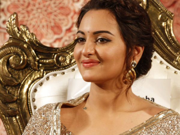 Sonakshi Sinha BREAKS SILENCE on engagement with Bunty Sajdeh