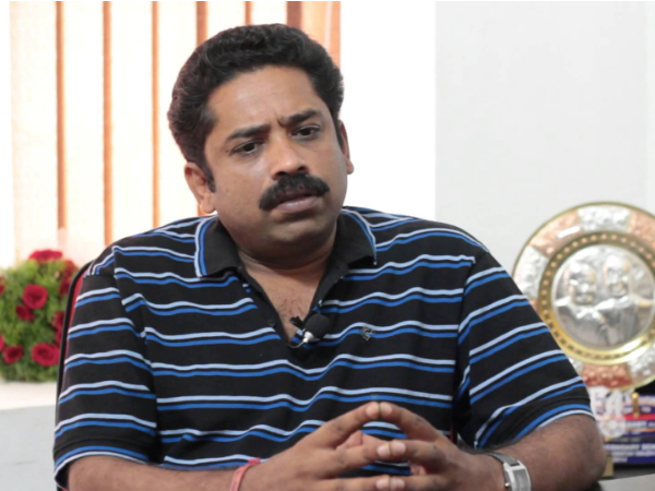 Seenu Ramasamy condemns his mom