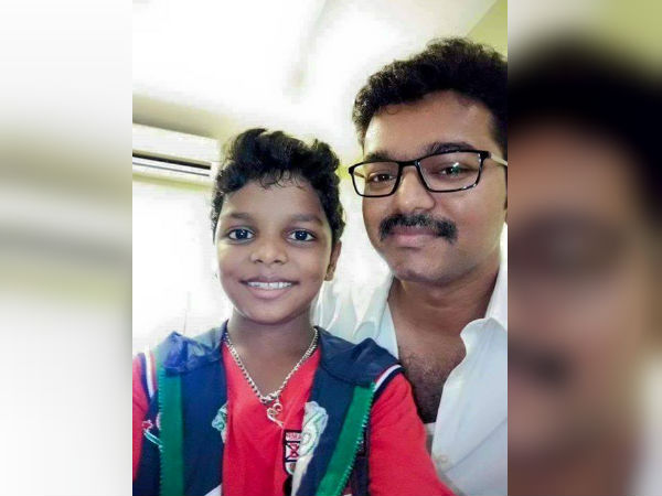 Vijay fulfills National award winning child artist wish