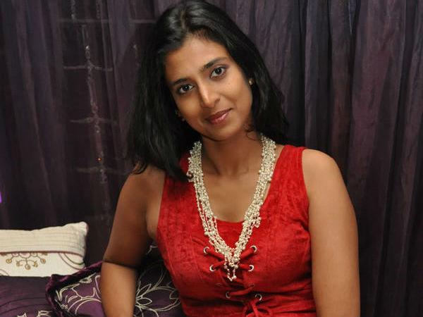 நல்ல காலம் கஸ்தூரி ட்வீட்டை குஷ்பு பார்க்கல