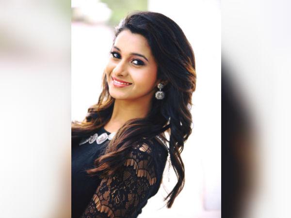 வைபவ் ஜோடியானார் டிவி நடிகை ப்ரியா பவானி சங்கர்