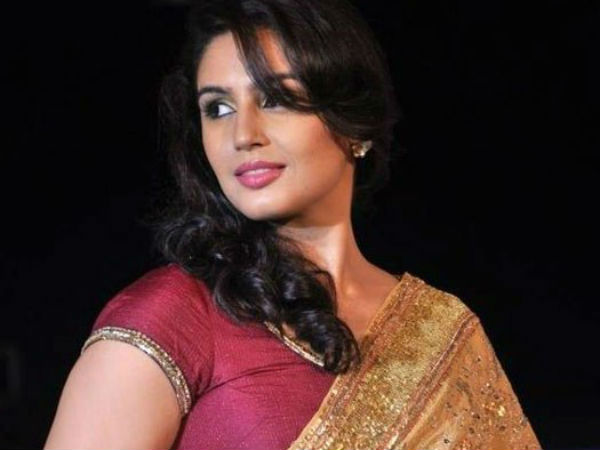Huma Qureshi is impressed by Rajini