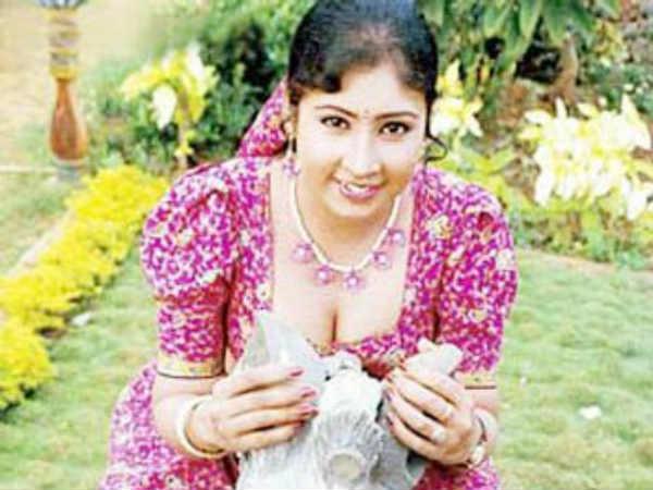 மர்ம நபர்கள் பணம் கேட்டு மிரட்டியதாக நடிகை ஜோதி மீனா புகார்!