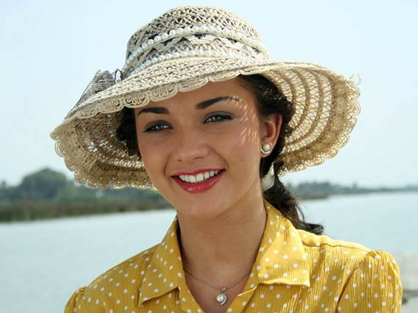 Amy jackson learning hindi