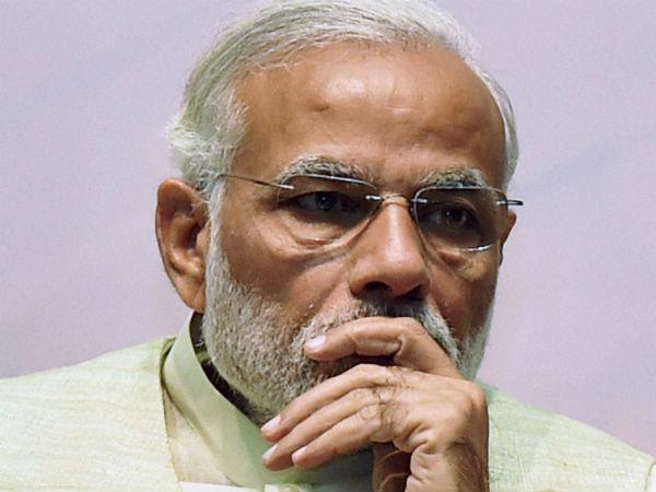 நாடே பேசுது... இன்னும் மோடி மட்டும்தான் பேசல மெர்சல் பத்தி! #MersalVsModi