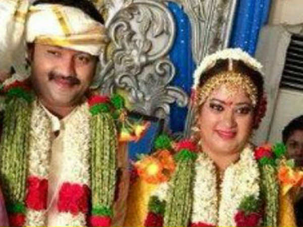 Priyamanaval pair gets married