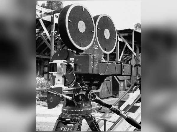 தமிழ் திரையுலகம் மறக்க முடியாத கருப்பு தினம் இன்று! Cinemascope-687-08-1510124632