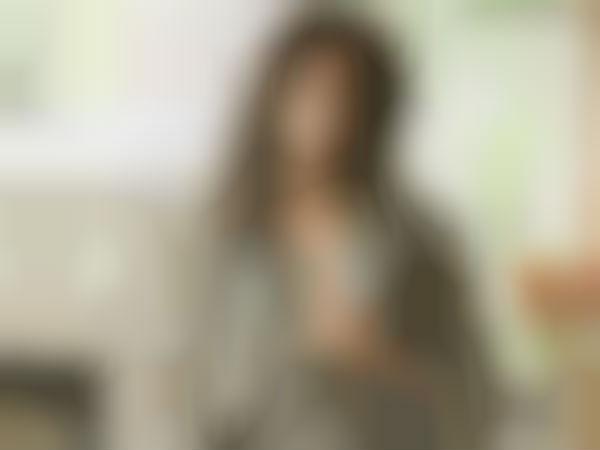 மீடியாவை பகைத்துக் கொள்ளும் மில்க் நடிகை: கவலையில் நலம்விரும்பிகள்