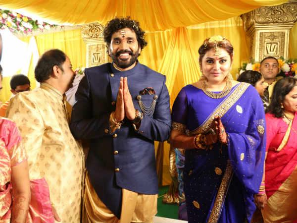 எங்கிருந்தாலும் வாழ்க: மனதை இரும்பாக்கிக்கிட்ட மச்சான்ஸ், ட்விட்டரில் டிரெண்டாகும் #Namitha